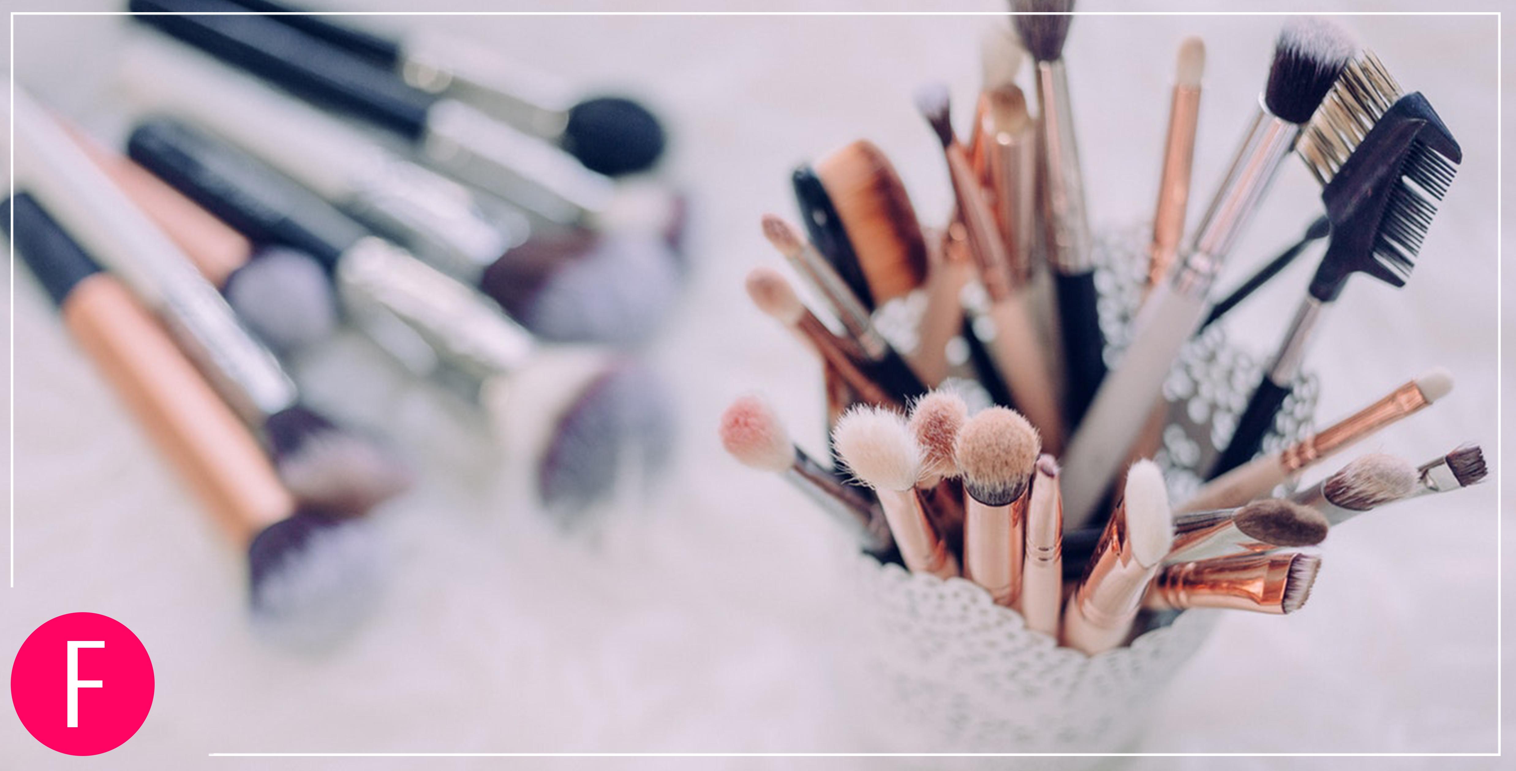 clean makeup brushes, makeup brushes